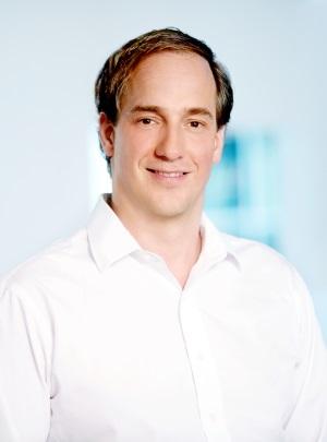 Dr. med. Christian Simperl